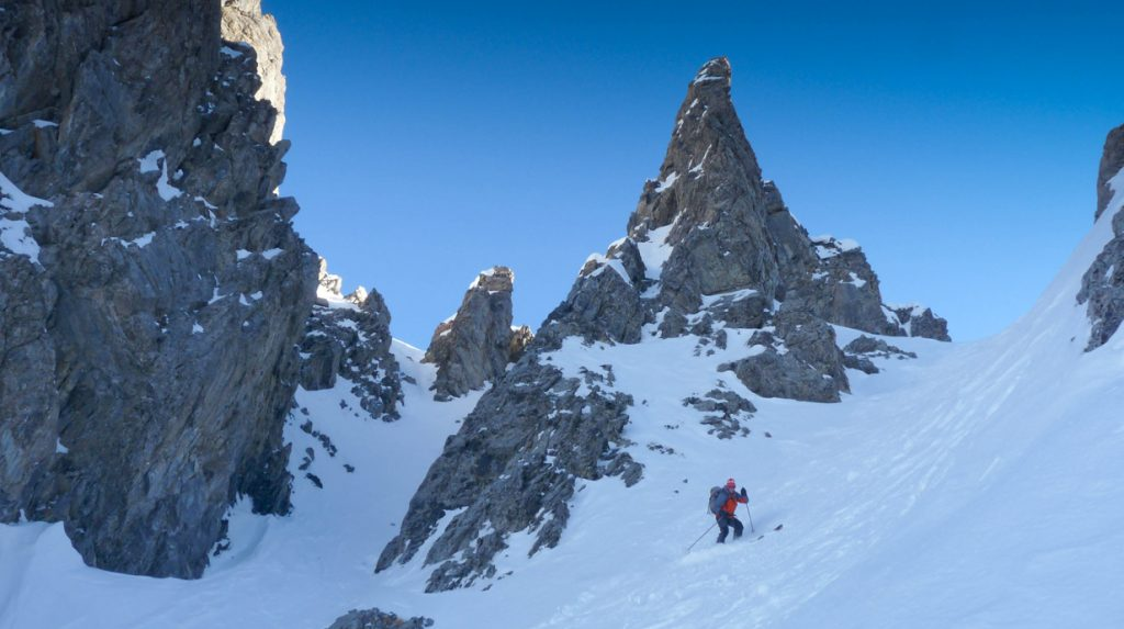 la grave backcountry skiing holiday