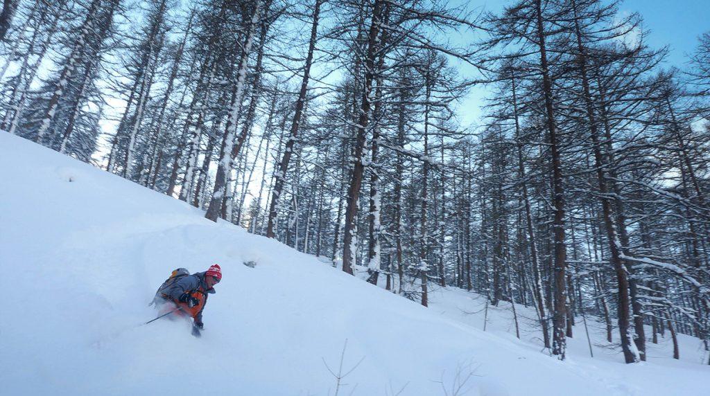 backcountry skiing in the haute ubaye