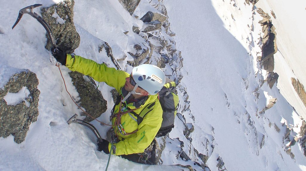 alpine ice and mixed climbing - chere couloir above chamonix