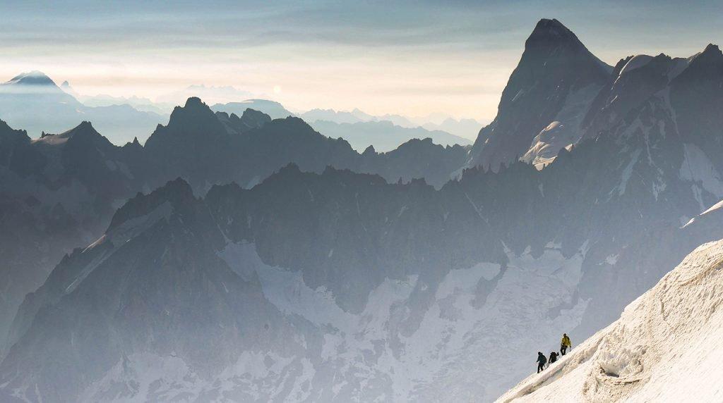 hire an ifmga British Mountain Guide in Chamonix