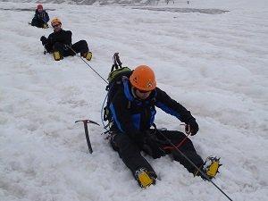 alpine mountaineeringcourse crevasse rescue training