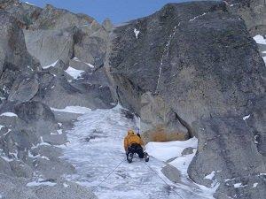 winter alpine climbing in chamonix - frendo-ravanel couloir