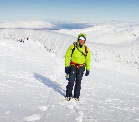 Hire a Scottish Winter Guide