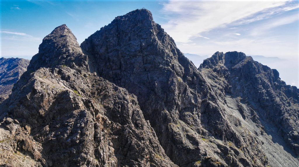 skye cuillin ridge traverse with alpine guides